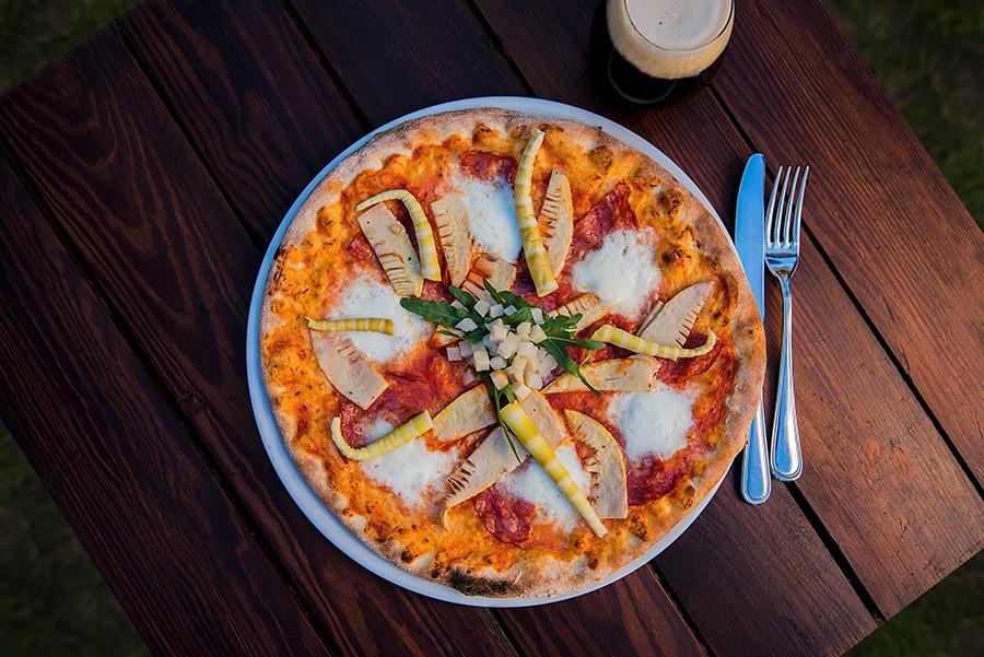 Pizza germoglio e rucola